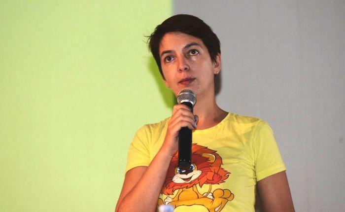 Ксения Лукичева выступает